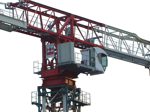 Terex CTT 721-40 flat top tower crane zoomed in