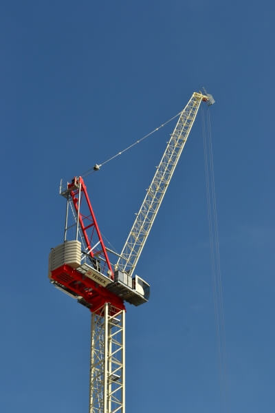 Terex CTL 272-18 against a blue sky