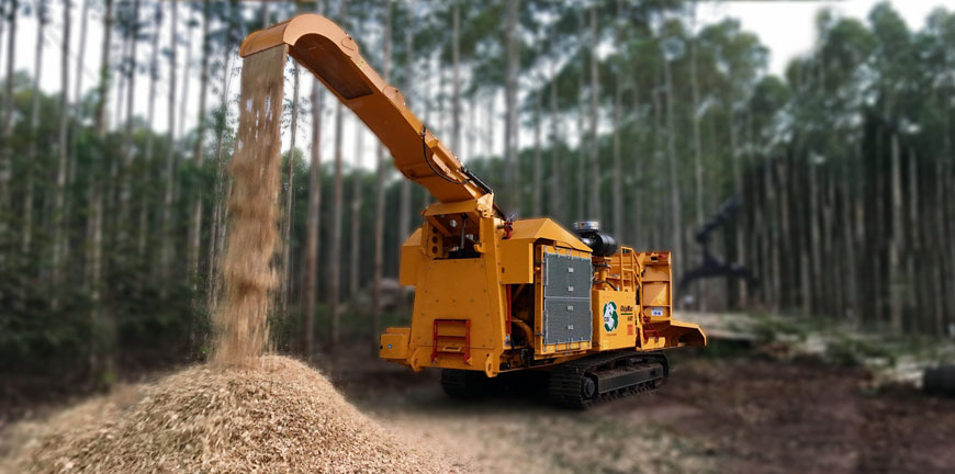 Michigan Man Dies After Being Accidentally Pulled Into Wood Chipper by His Jacket
