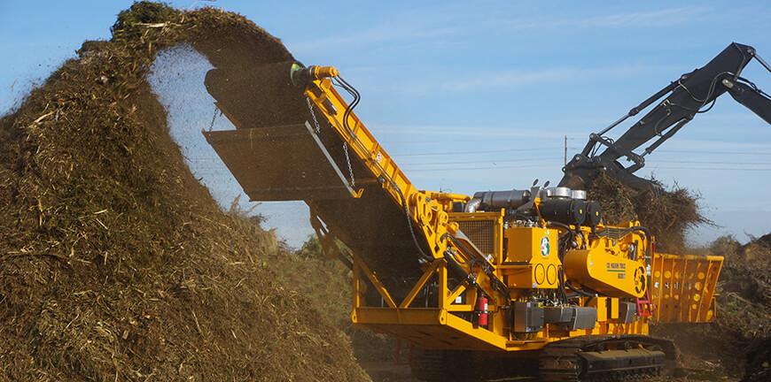 6800CT Horizontal Grinder processing compost