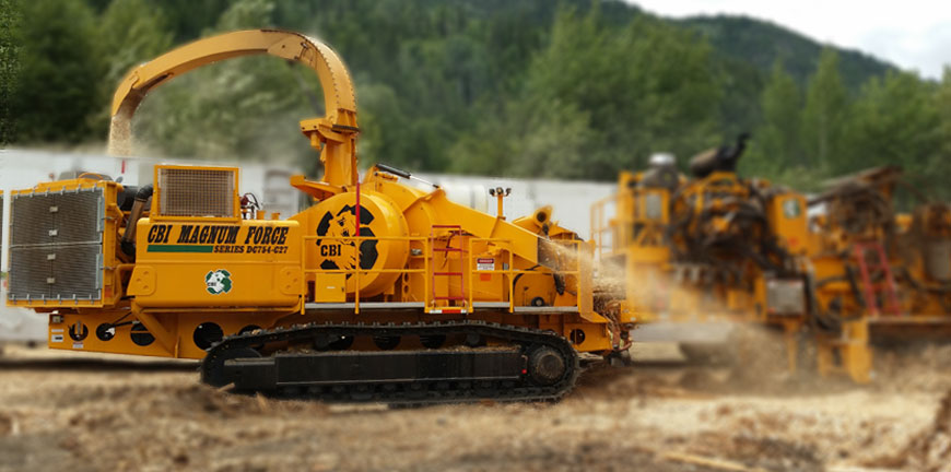 754 disc chipper working with flail debarker
