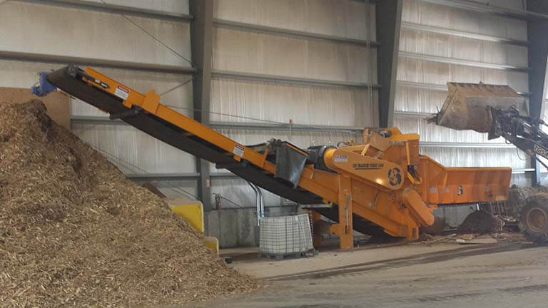 Stationary Electric Horizontal Wood Grinder in Warehouse