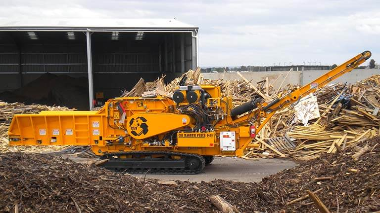 The 6400 horizontal grinder is great for railroad ties and C&D grinding.