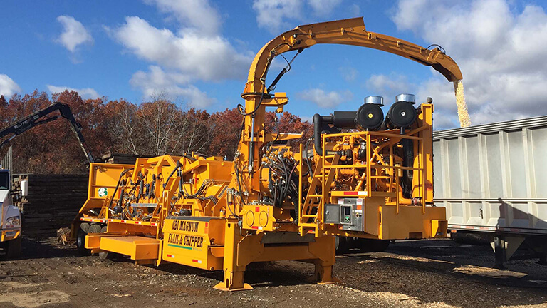 CBI Flail Debarker and Disc Chipper Combination