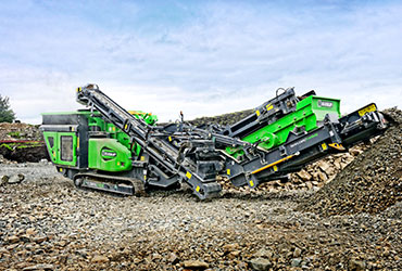 Cobra 290R Tracked Mounted Crusher in Ireland