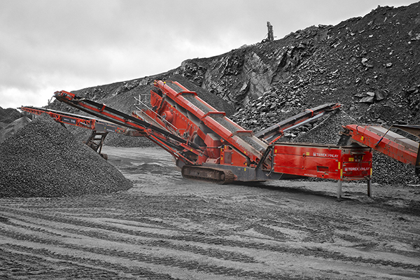 Terex Finlay 693+ inclined screen
