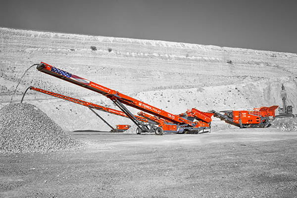 Radial Stockpiling Conveyors in Quarry